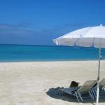 沖縄に旅行に持っていくべき物は?いつまで泳げるの?服装は?